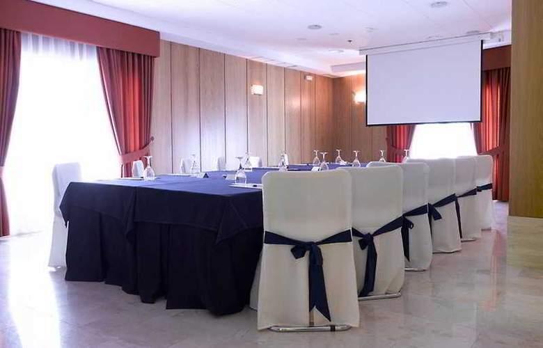 Don Manuel - Conference - 0