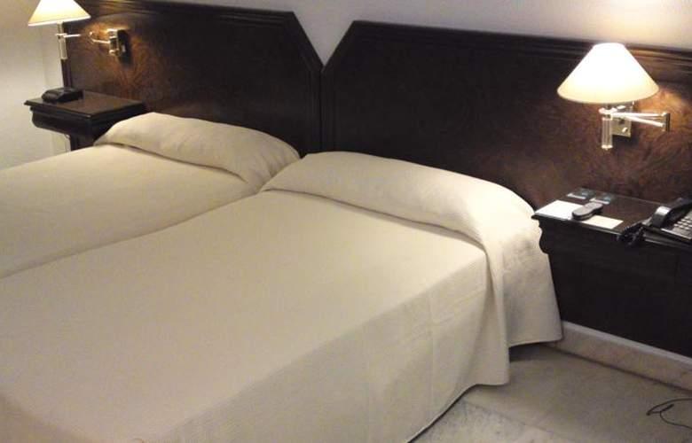 Turia - Room - 13