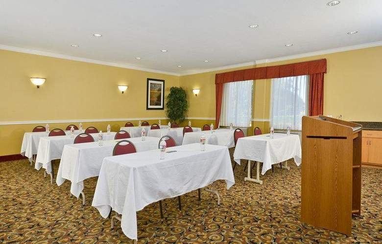 Best Western Greenspoint Inn and Suites - Conference - 145