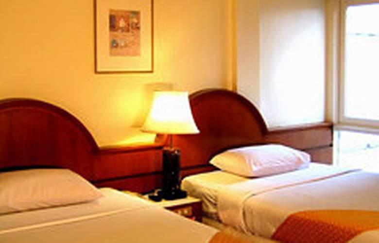 Manohra Hotel Bangkok - Room - 3