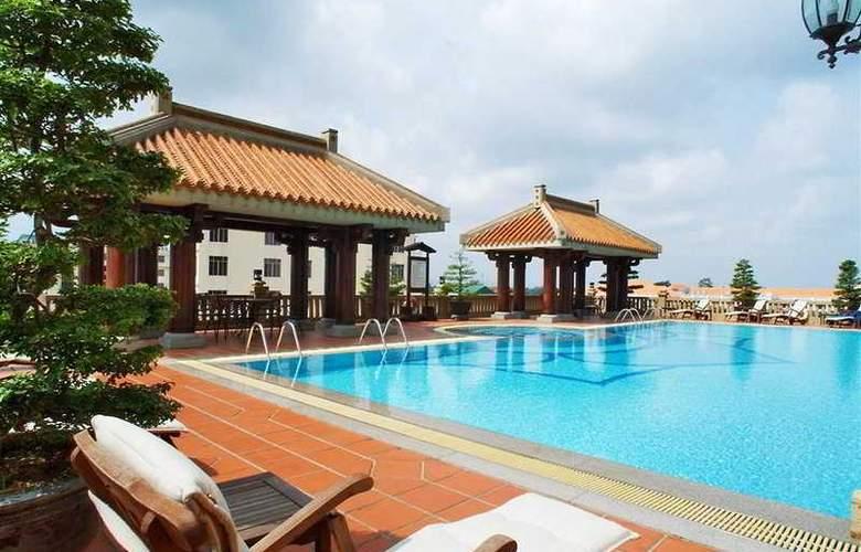 Imperial Hotel Hue - Pool - 7