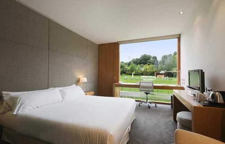 La Mola Hotel & Conference Center - Room - 11