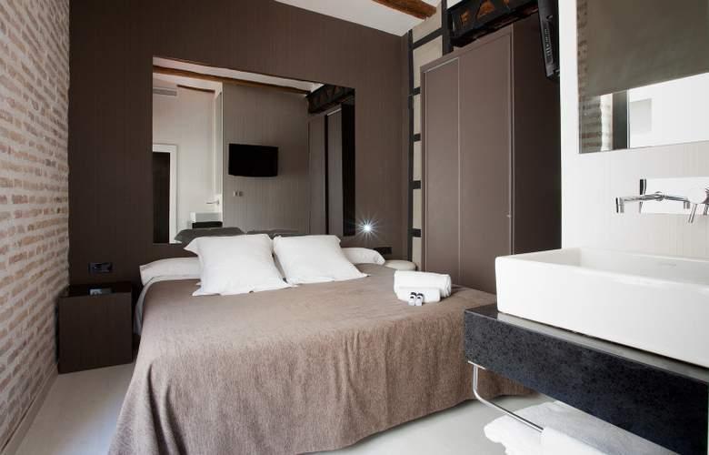 Cosy Rooms Embajador - Room - 8
