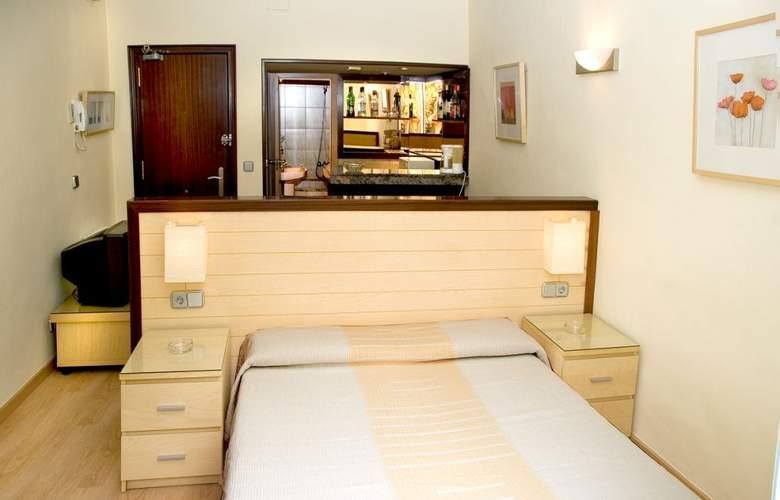 Alos Apartamentos - Room - 7