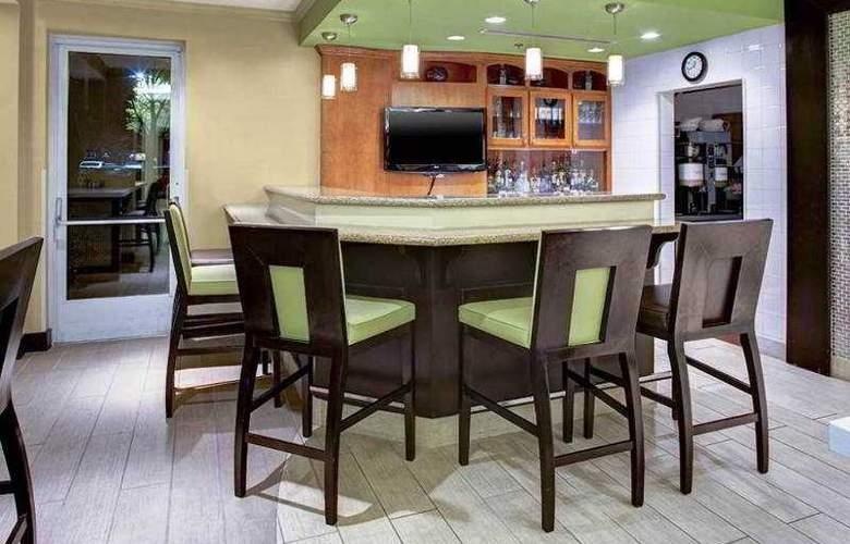 Hilton Garden Inn Atlanta North/Alpharetta - Bar - 8