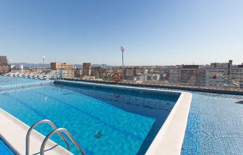 Expo Valencia - Pool - 39