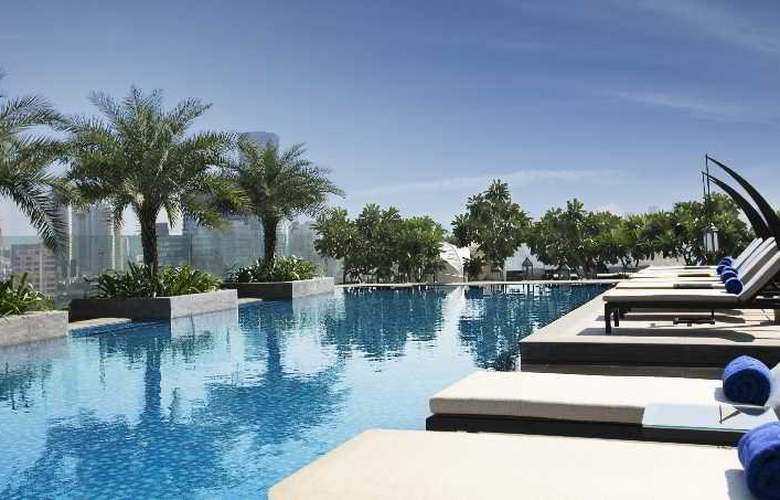Palladium Hotel Mumbai - Pool - 2