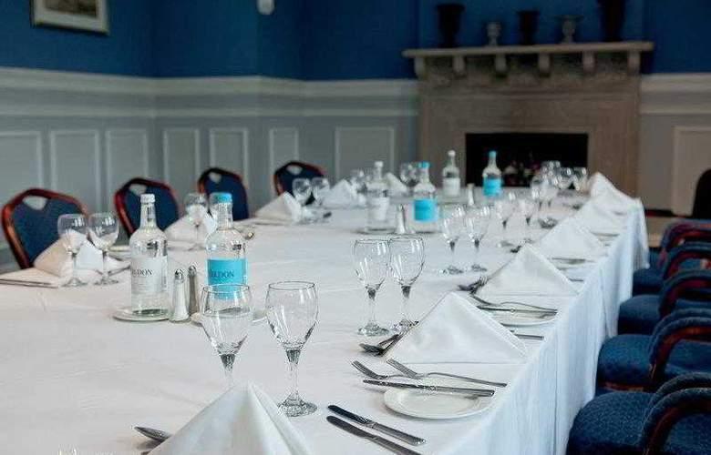 Best Western Chilworth Manor Hotel - Hotel - 9