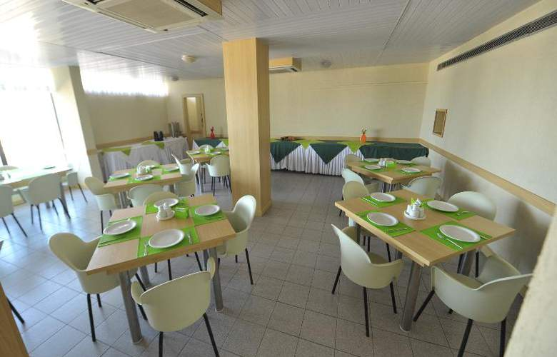 Sol Plaza Sleep - Restaurant - 8