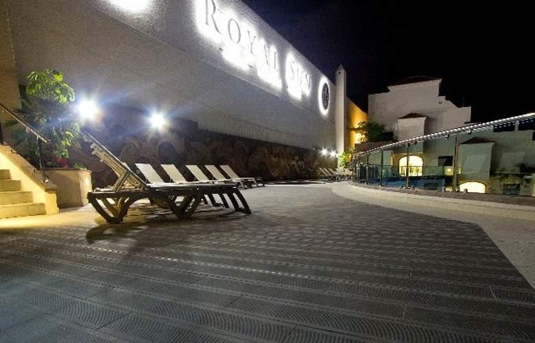 Royal Sun Resort - Hotel - 8