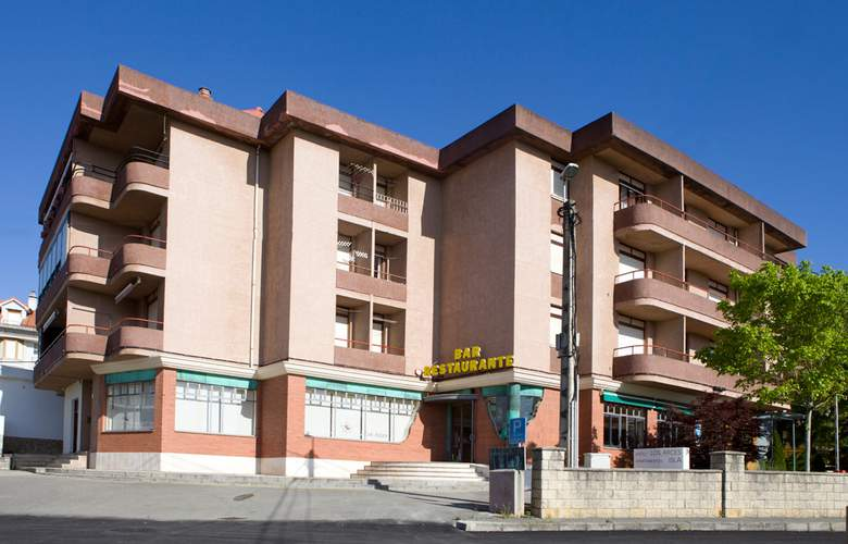Los Arces Apartamentos - Hotel - 7