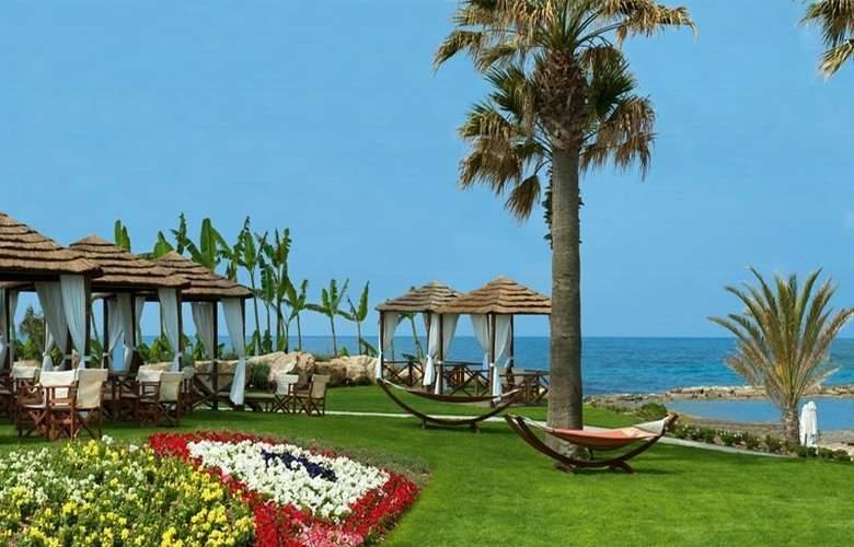 Constantinou Bros Pioneer Beach Hotel - Terrace - 13