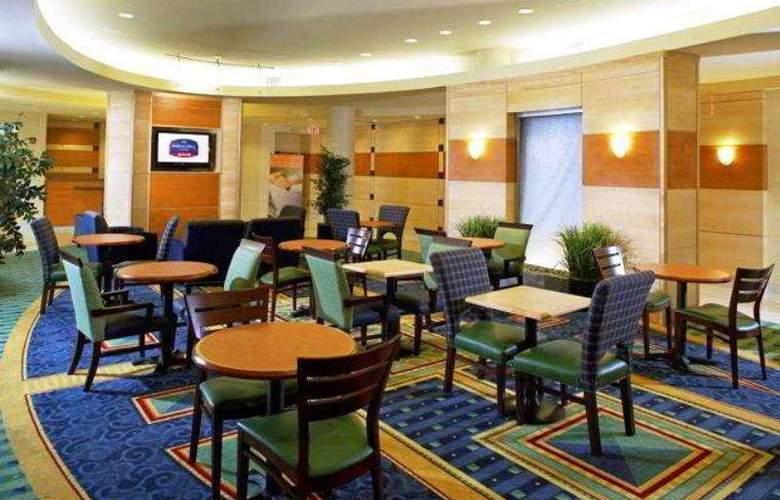 Springhill Suites Gainesville - Restaurant - 4