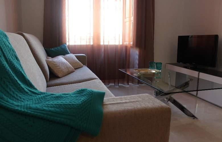 Habitat Suites Gran Via 17 Apartamentos - Room - 1