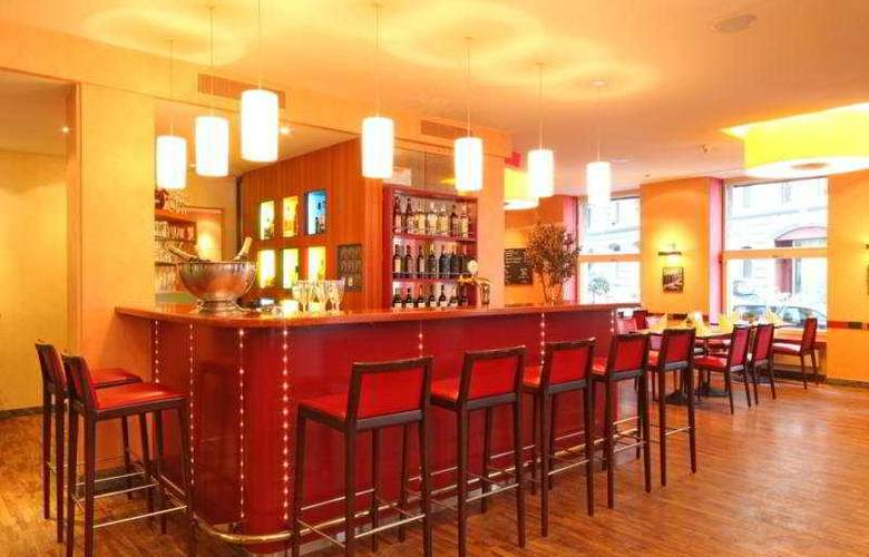 Cascada Swiss Quality Hotel - Bar - 6