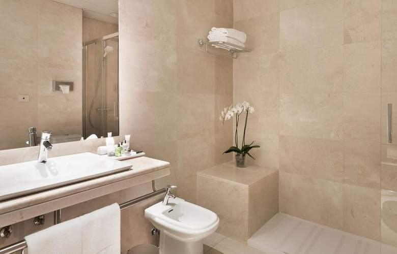 NH Collection Madrid Abascal - Room - 12
