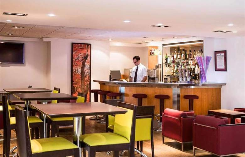 Novotel Toulouse Purpan Aeroport - Bar - 16