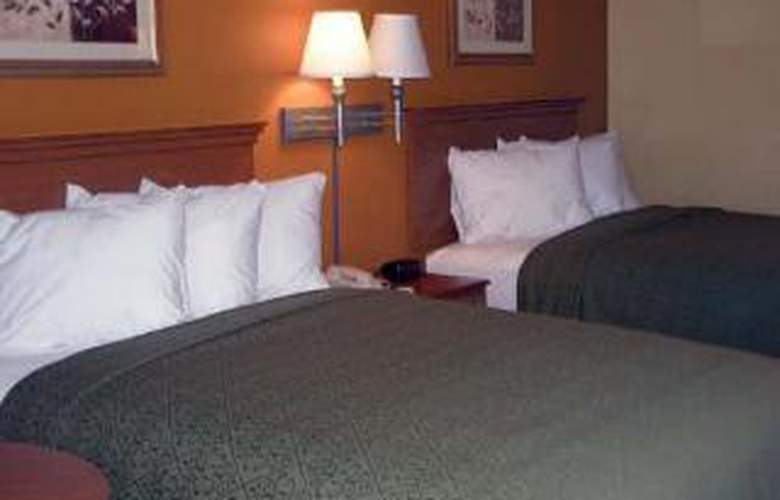 Quality Inn & Suites - Room - 3