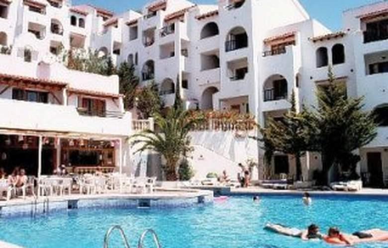 Holiday Park - Hotel - 0