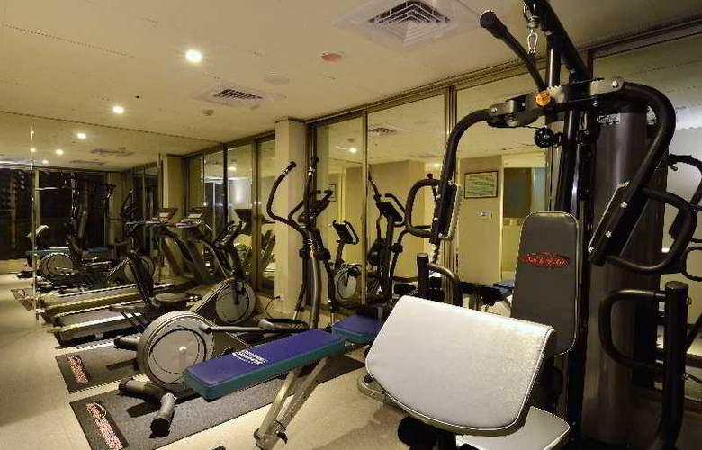 Regal Executive Suites - Sport - 2