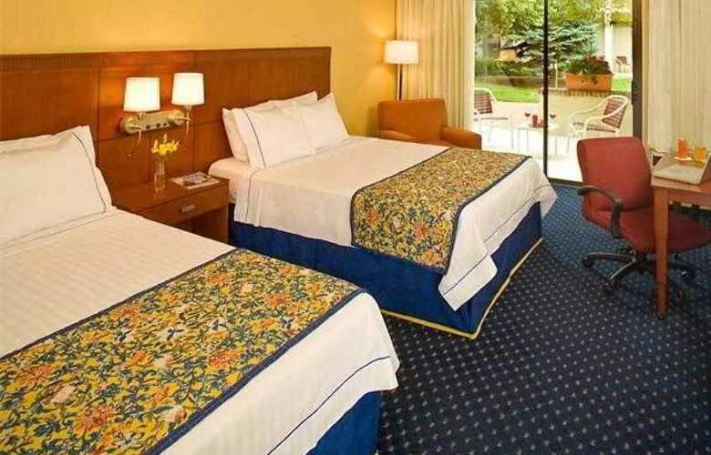 Courtyard Denver Stapleton - Hotel - 10