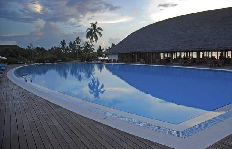 Herathera Island Resort - Pool - 13