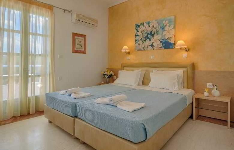 Pyrgos Beach Apartments - Room - 9