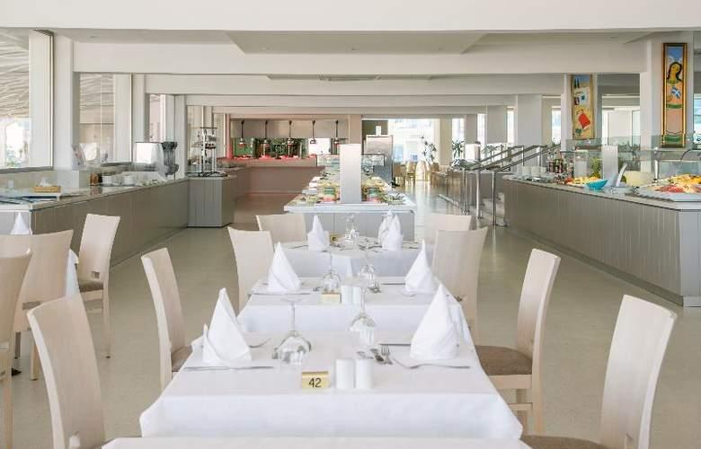 Asterias Beach - Restaurant - 4