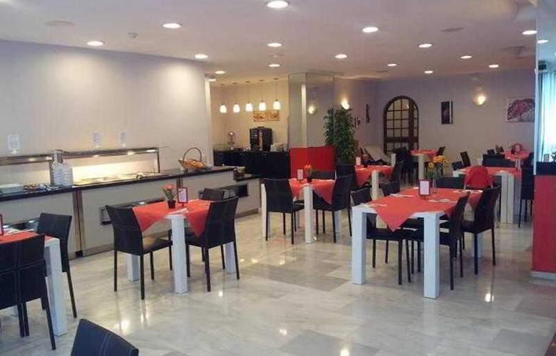 Flatotel Internacional - Restaurant - 12