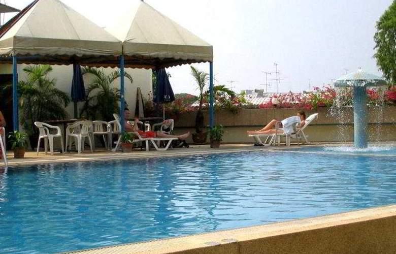 Ayothaya Hotel - Pool - 6