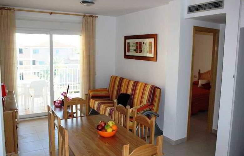 Residencial Bovalar - Room - 9