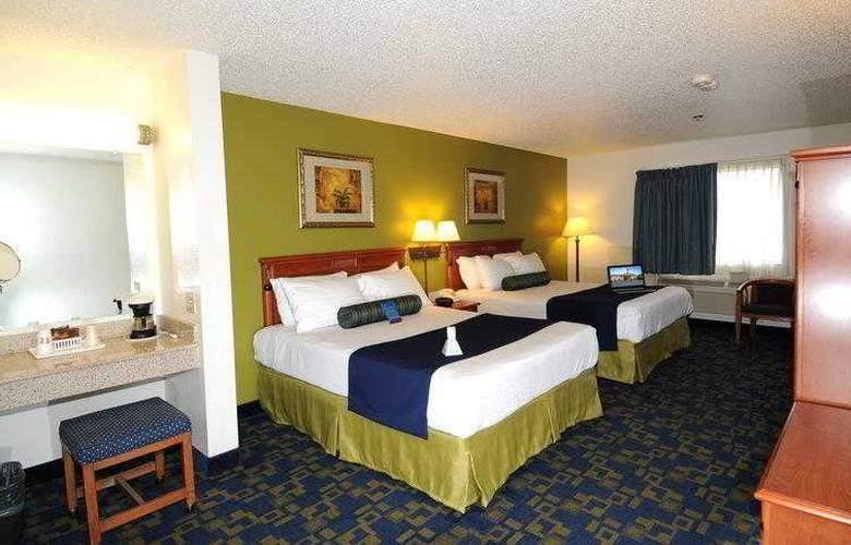 Best Western Plus Antelope Inn - Hotel - 14
