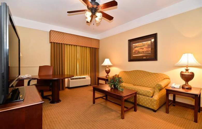 Best Western Plus Monica Royale Inn & Suites - Room - 109