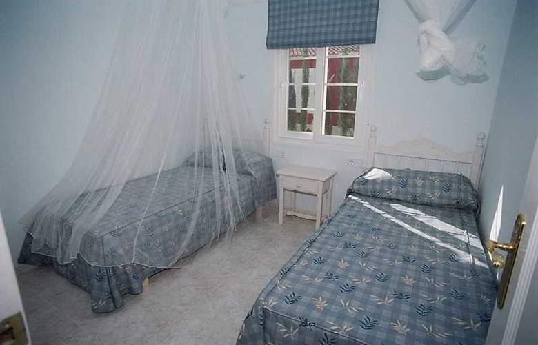 Galdana Palms - Room - 7