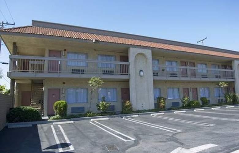 Best Western Pasadena Inn - Hotel - 4
