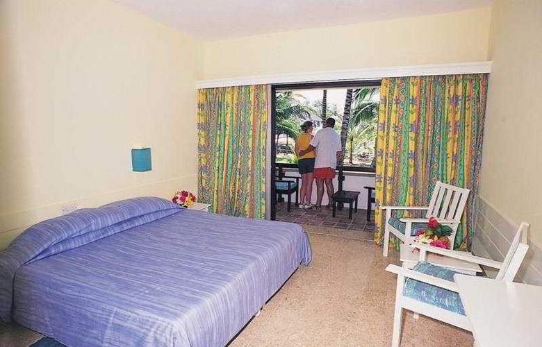 Voyager Beach Resort - Room - 3