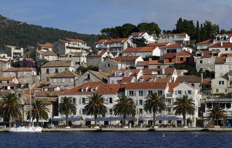 Riva, Hvar yacht harbour Hotel - General - 1