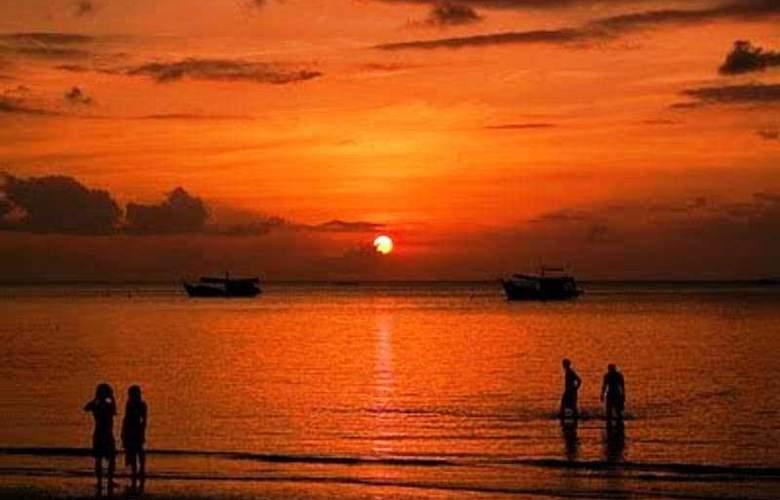 Wind Beach Resort - Beach - 9