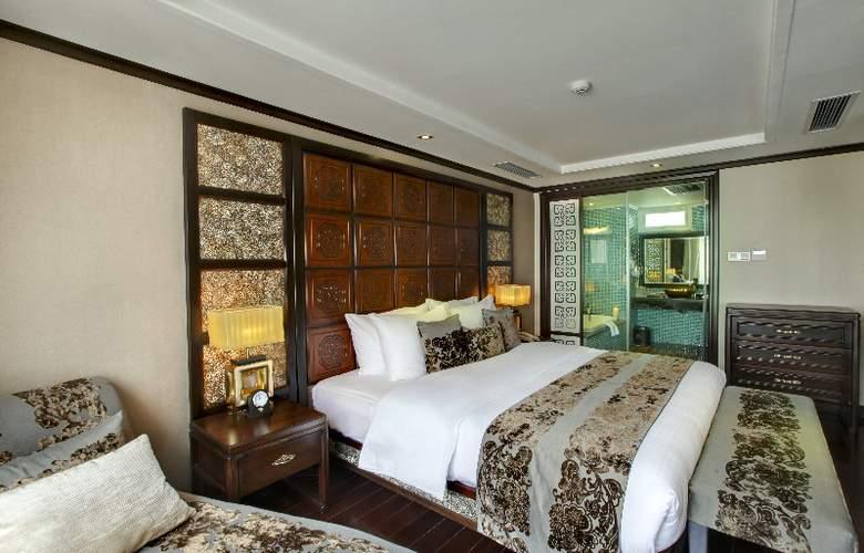 Golden Lotus Luxury Hotel - Room - 5