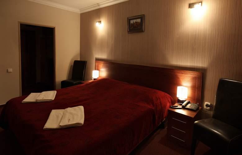 Relax Inn - Room - 3