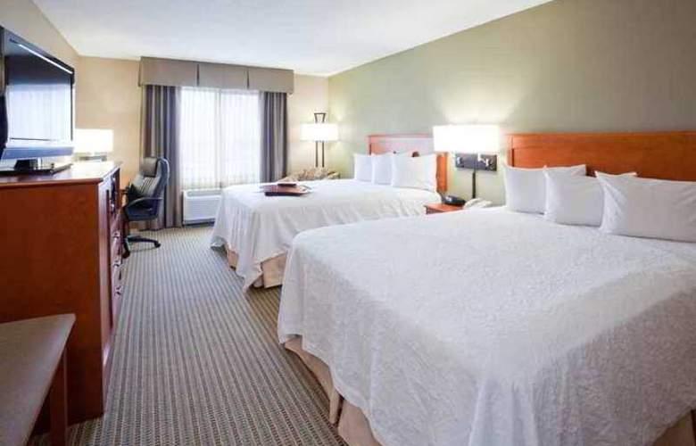 Hampton Inn Mitchell - Hotel - 1