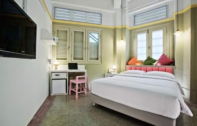 Kam Leng - Room - 3