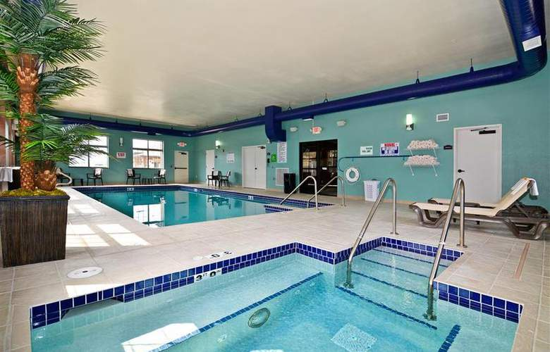Best Western Plover Hotel & Conference Center - Pool - 46