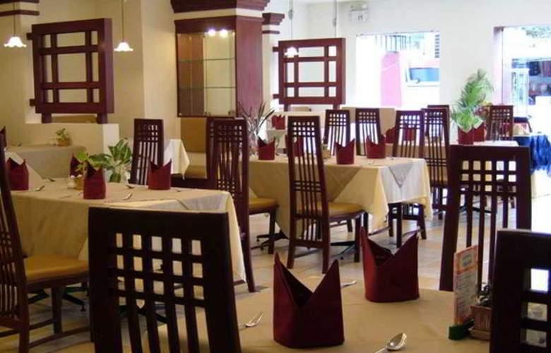 Raming Lodge Hotel & Spa - Restaurant - 13