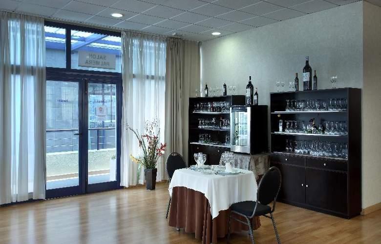 Exe Sevilla Palmera - Restaurant - 21