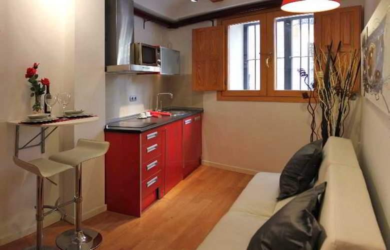 Apartamentos Lonja - Room - 4