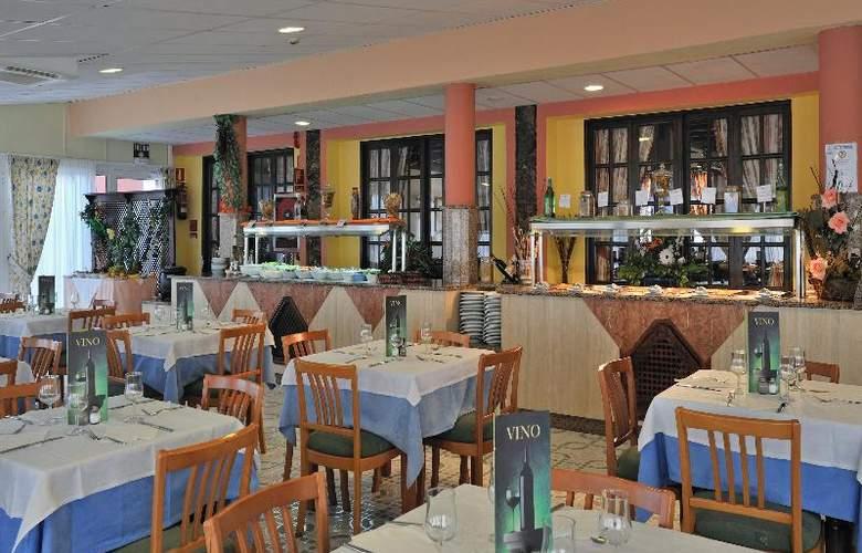 Globales Costa Tropical - Restaurant - 34