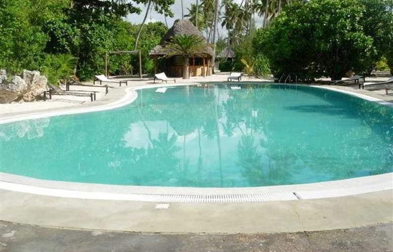 Hakuna Majiwe Ora Resort - Pool - 2