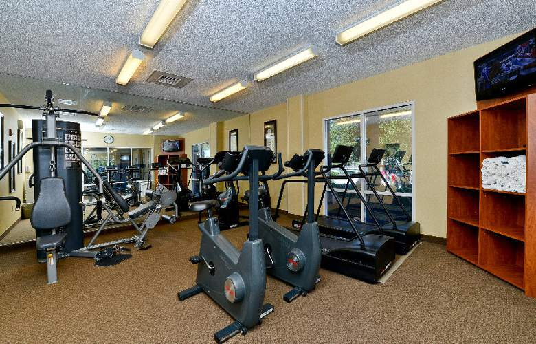 Comfort Inn & Suites Convention Center - Sport - 6