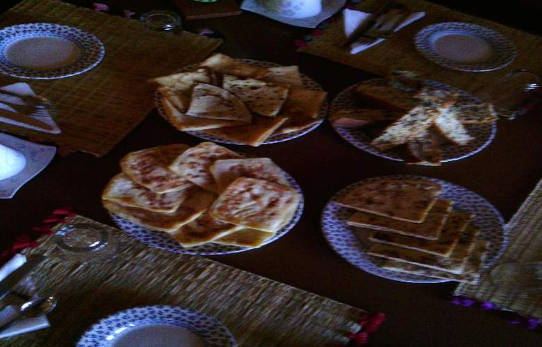 Etoile Filante D'Or - Restaurant - 15